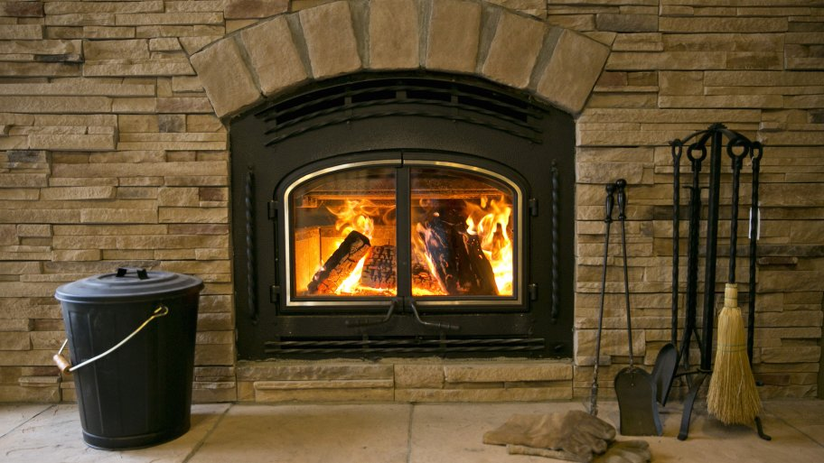 Types of wood burning fireplaces modern wood burning for Gel fuel fireplaces pros and cons