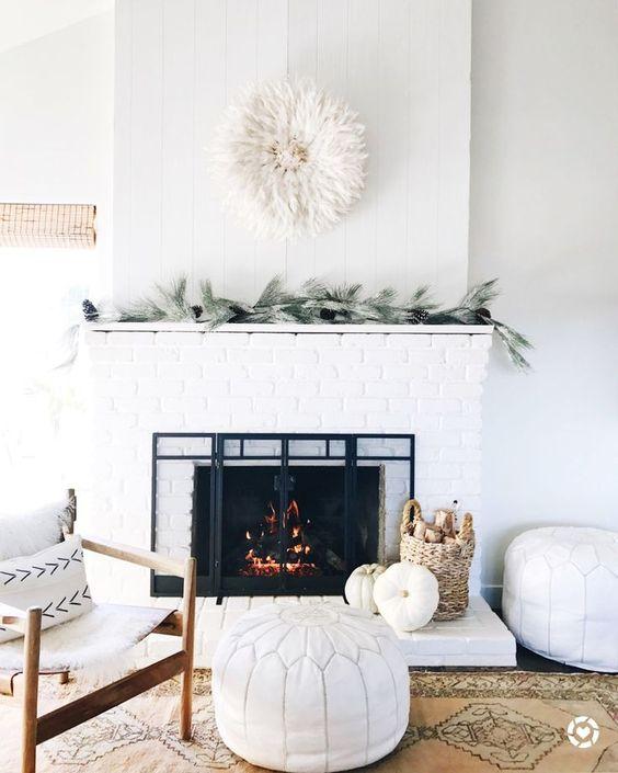 minimalist, holiday decor, simple, minimal, fireplace, garland, single strand garland