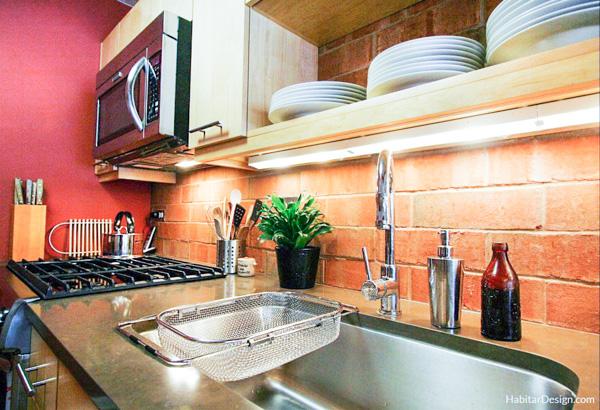 Open shelving over a sink - kitchen design inspiration